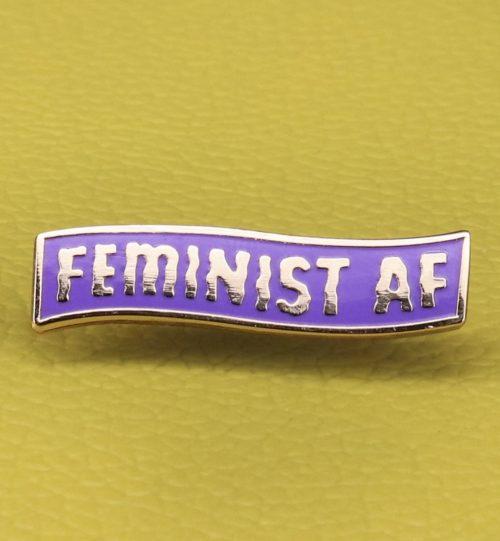 Metalinis ženkliukas FEMINIST (FEMINISTĖ)