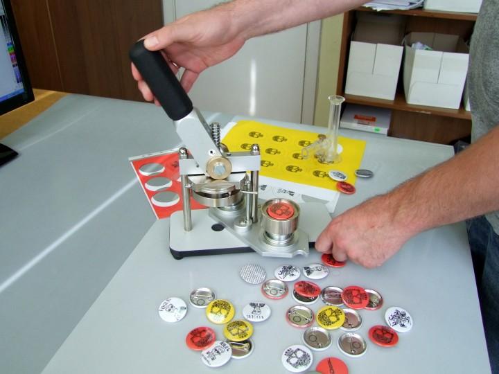 Ženkliukų  ir magnetukų gamyba